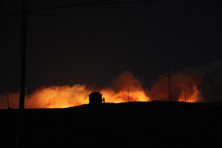 López, Marina - ACN · ID 95518/839564 Les flames, visibles des de lluny incendi vilopriu